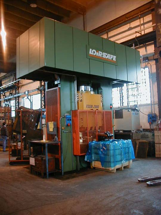 20.000 kN Hydraulic Press with single acting in upper side for cold calibrating.